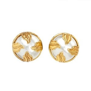 Dominique Aurientis Mabe Pearl Clip On Earrings