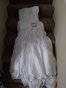 PRIVATE PARTY White Silky 18773 Sexy Wedding Dress Size 12 (L)