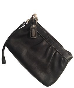 Coach Classic Leather Wristlet in Black