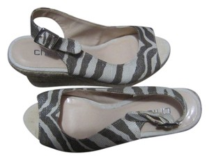 Chico's Wedge Espadrille Cream/Taupe Wedges