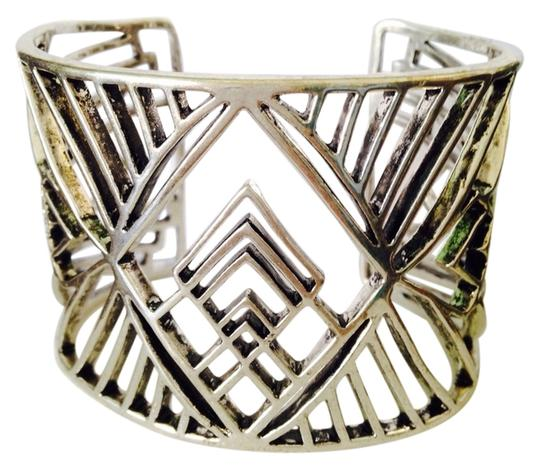 Preload https://img-static.tradesy.com/item/2325770/lucky-brand-silver-tribal-bohemian-style-cuff-bracelet-only-matching-pieces-sold-seperately-0-0-540-540.jpg