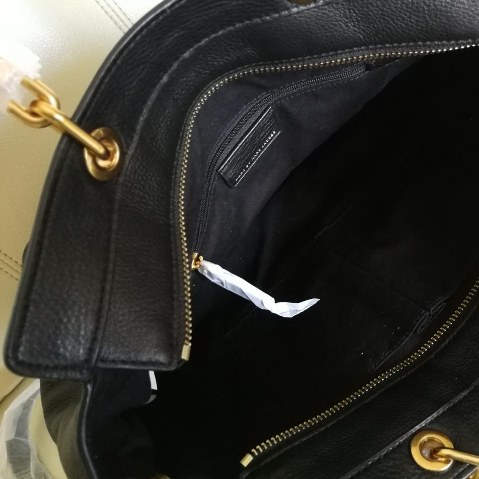 c7668a5c98 Marc by Marc Jacobs Too Hot To Handle Bentley Mbmj Bentley Tote in Black  Image 11. 123456789101112