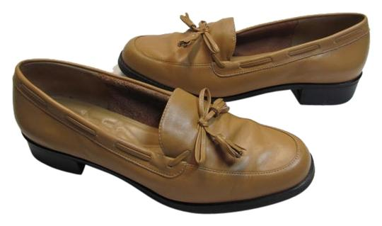 Preload https://item1.tradesy.com/images/rockport-tan-leather-m-flats-size-us-9-regular-m-b-2325905-0-0.jpg?width=440&height=440