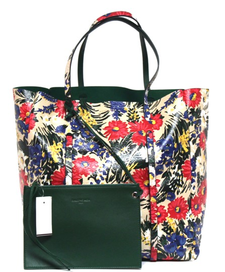 Preload https://img-static.tradesy.com/item/23260652/balenciaga-new-everyday-arena-animation-floral-beige-multi-leather-tote-0-1-540-540.jpg