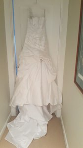Maggie Sottero Diamond White Satin - Fiorella Feminine Wedding Dress Size 4 (S)