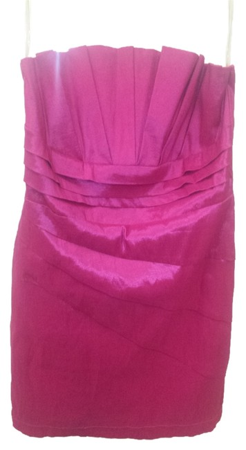 Preload https://item1.tradesy.com/images/romeo-and-juliet-couture-hot-pink-mid-length-formal-dress-size-8-m-2326375-0-0.jpg?width=400&height=650