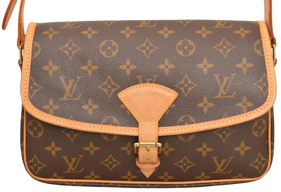d9ea6ebb29ae Louis Vuitton Solange M42250 Brown Monogram Cross Body Bag - Tradesy