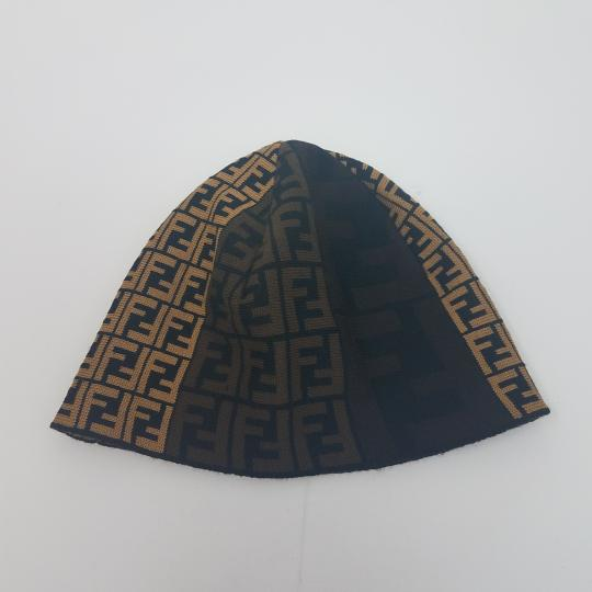 Fendi Brown, black multicolor Fendi Zucca print wool beanie Image 8