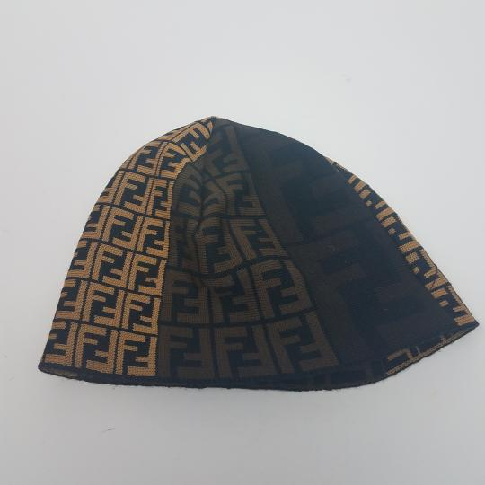 Fendi Brown, black multicolor Fendi Zucca print wool beanie Image 9