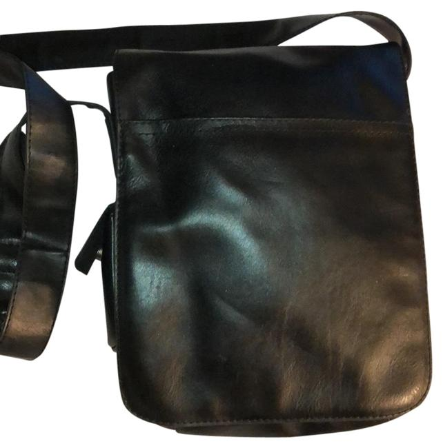 Item - Unisex Flapped Black Vinyl Messenger Bag
