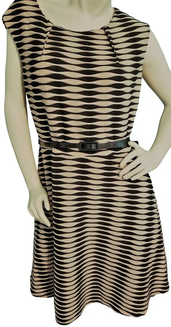 Item - Black Beige Textured Belted Fit Flair Mid-length Work/Office Dress Size 18 (XL, Plus 0x)