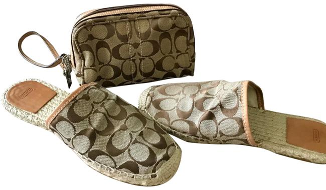Item - Khaki/Br Slides/Wristlet Set Flats Size US 8 Regular (M, B)