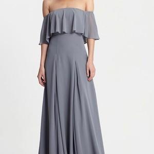 Monique Lhuillier Steel Chiffon 450384 Modern Bridesmaid/Mob Dress Size 10 (M)