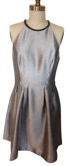 Item - Silver Fit and Flare Mid-length Formal Dress Size 12 (L)