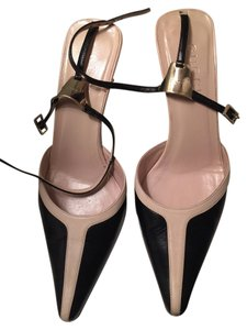 Gucci Black and tan Pumps