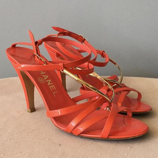 Chanel Monogram Gold Hardware Signature Strappy Patent Coral Sandals Image 7