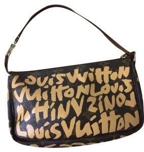 Louis Vuitton Pochette Graffiti Lv Vintage Peach Graffiti Clutch