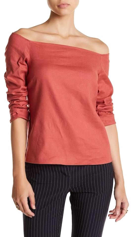 3eed1948c4e69 Theory Carmine Red Aprine Off-the-shoulder Linen Blend Blouse. Size  4 ...