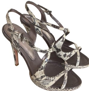 Bourne White and gray Sandals