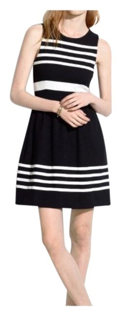 Preload https://item2.tradesy.com/images/madewell-black-afternoon-in-saltwater-mid-length-short-casual-dress-size-2-xs-23271506-0-1.jpg?width=400&height=650