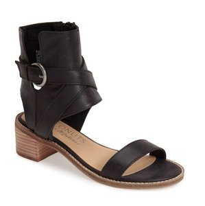 Coconuts by Matisse Chic Comfortable Open Toe Black Sandals
