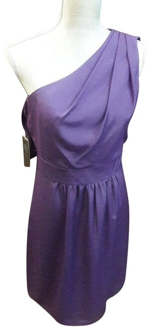Item - Purple One Off Shoulder Party New Sexy Mid-length Cocktail Dress Size 8 (M)