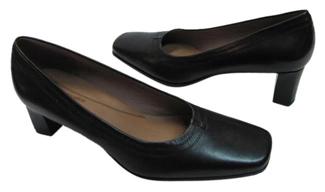 Item - Black Leather Street Good Condition Pumps Size US 7 Regular (M, B)