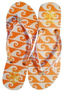 e9c4bec86 Tory Burch Orange and White Sandals. Tory Burch Orange and White Groove Wave  Print Thin Flip Flop ...