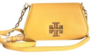 7b909121fba Tory Burch Bags on Sale - Up to 70% off at Tradesy