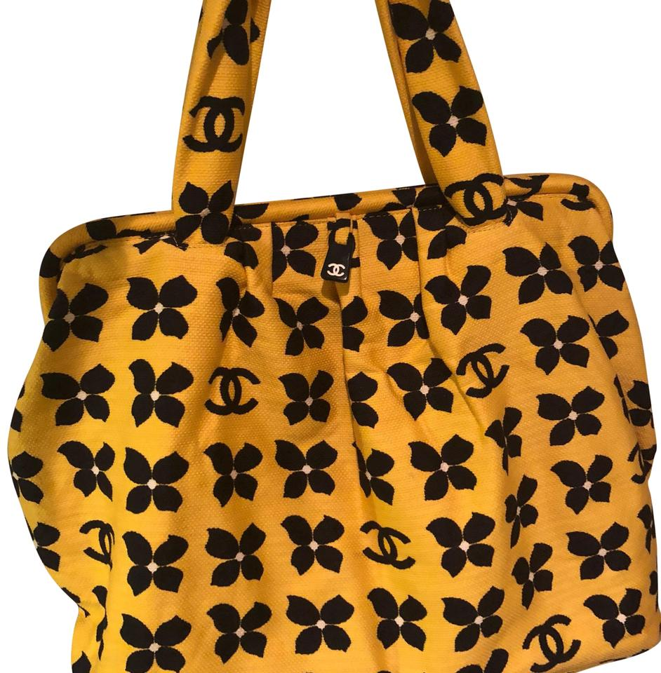 0dfd882068e2 Chanel Doctor Style Tote Yellow and Navy Blue Canvas Weekend Travel ...