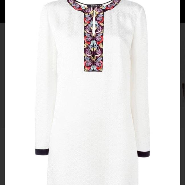 Preload https://img-static.tradesy.com/item/23277559/etro-white-women-s-embroidered-neck-short-cocktail-dress-size-14-l-0-1-650-650.jpg