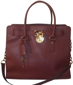 Michael Kors Hamilton Lock And Key Saffiano Leather Satchel in Purple (Burgundy)