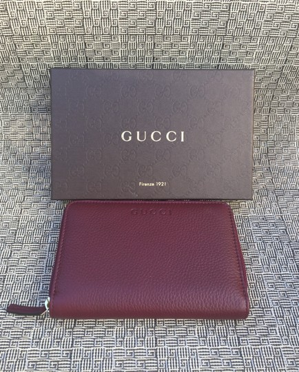 Gucci Authentic Oxblood Bordeaux Leather Zip Around Wallet -- 420113 Image 2