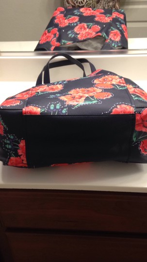 Nanette Lepore Floral Tote in Navy & Red Image 2