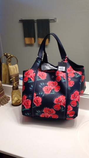 Nanette Lepore Floral Tote in Navy & Red Image 5