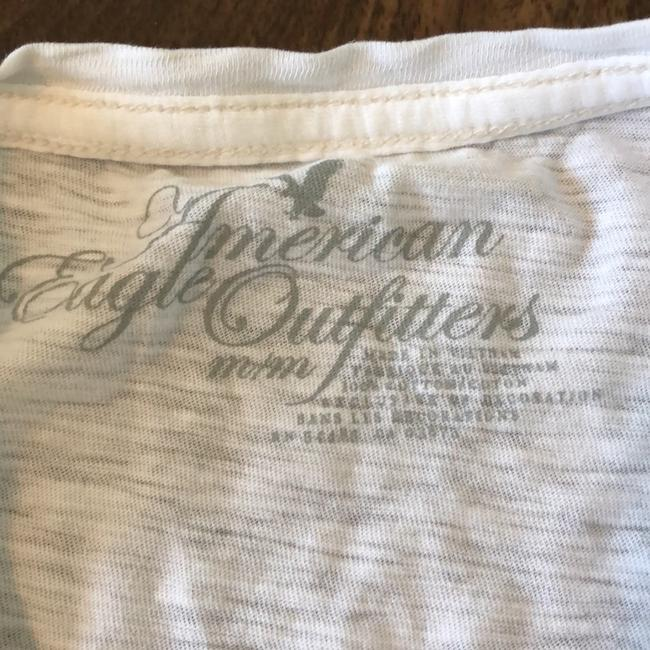 American Eagle Outfitters T Shirt Image 3