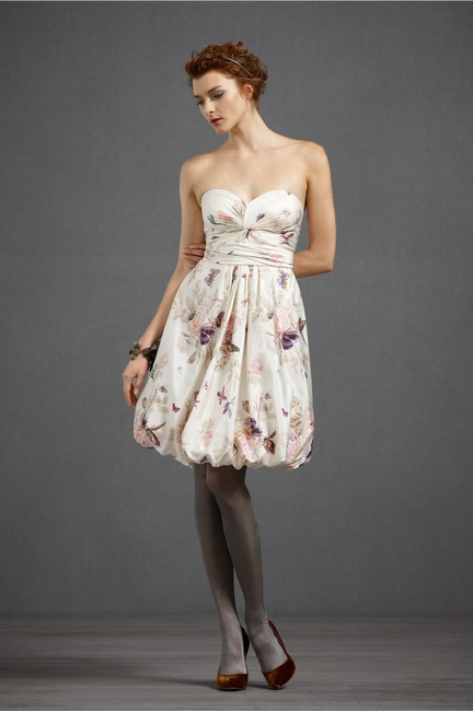 Item - Butterfly & Floral Silk Cotton; Acetate Lining. Tiered Twirler Feminine Bridesmaid/Mob Dress Size 2 (XS)