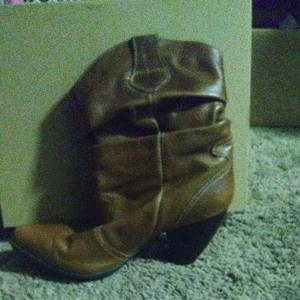 Andrea Brown Boots