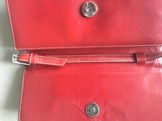 Barneys New York Barney's New York red leather wallet with removable shoulder straps Image 2