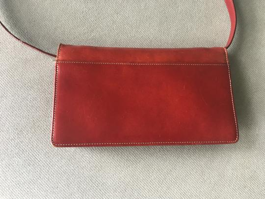 Barneys New York Barney's New York red leather wallet with removable shoulder straps Image 4