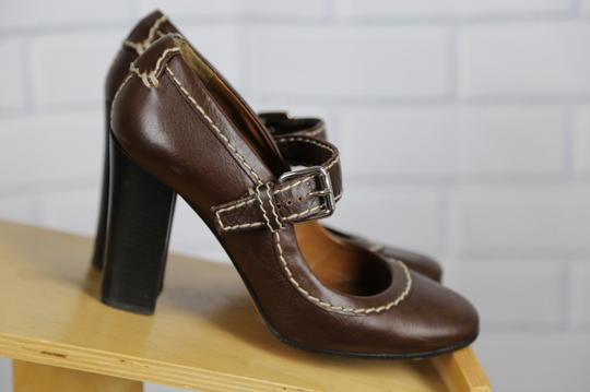Chloé Mary Jane Round Toe Solid Contrast Stitch Brown Pumps Image 8