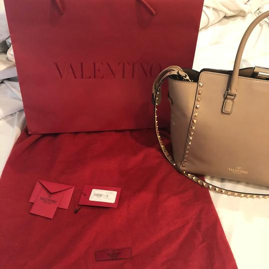 Valentino Satchel in light taupe Image 2