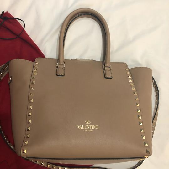 Valentino Satchel in light taupe Image 3