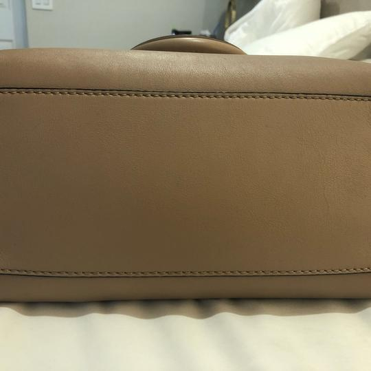 Valentino Satchel in light taupe Image 5