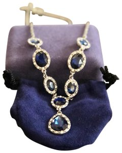 1928 Beautiful blue stone necklace