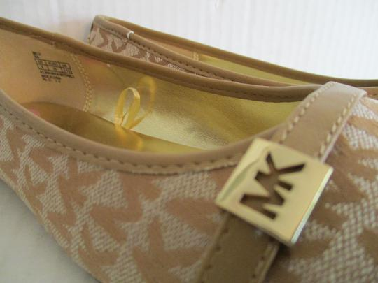 MICHAEL Michael Kors Gold Hardware Rubber Sole Signature Insole Tan Flats Image 2