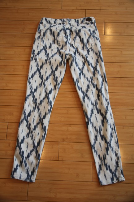 Item - White Multi Light Wash Verdugo Ultra In and Blue Skinny Jeans Size 30 (6, M)
