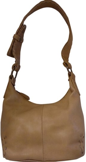 Preload https://item2.tradesy.com/images/nine-and-co-circa-80s-free-ship-tan-faux-leather-shoulder-bag-2328406-0-0.jpg?width=440&height=440