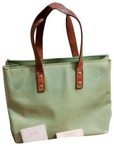 Louis Vuitton Reade Pm Vernis Mini Monogram Tote in Green