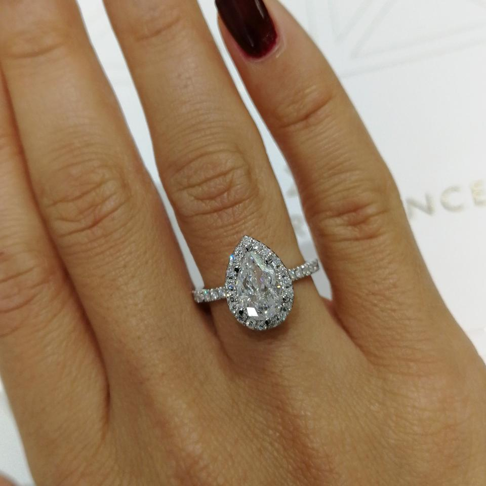 Pear Shaped Halo Engagement Ring: White Gold Pear Shape Halo Style Diamond